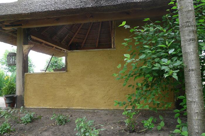 leem-stro-wilgentenen-tuinhuis