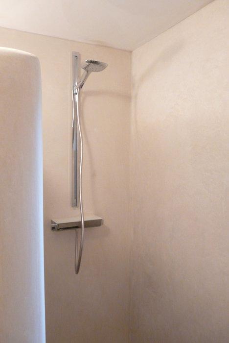 tadelakt-badkamer-douche