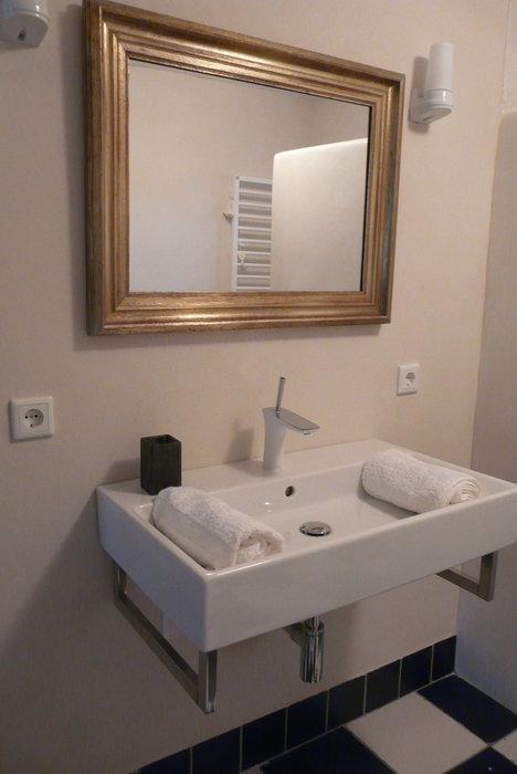 tadelakt-badkamer-wit-2